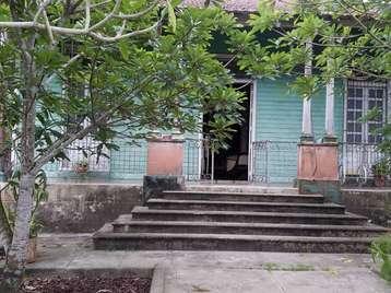 Casa en venta en Cienfuegos con  5 cuartos y 1 baño por 80.000,00$