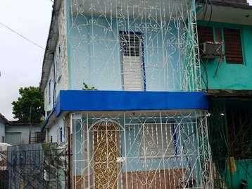Casa en venta en Cienfuegos con  2 cuartos y 2 baños por 30.000,00$