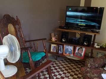 Casa en venta en Cienfuegos con  2 cuartos y 1 baño por 10.000,00$