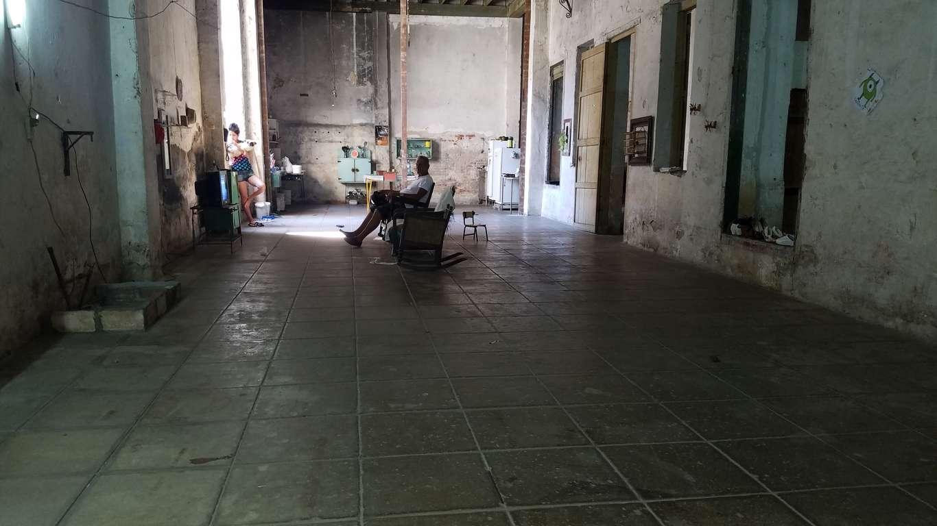 HEC717: Casa de 3 cuartos y 1 baño por $ 35.000 en Cienfuegos, Cienfuegos