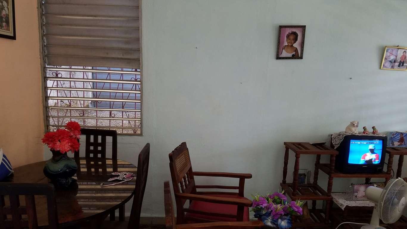 HEC727: Casa de 2 cuartos y 1 baño por $ 14.000 en Cienfuegos, Cienfuegos