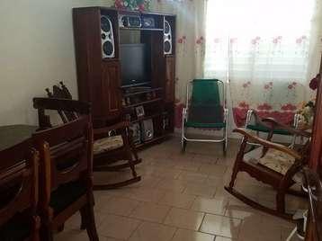 Apartamento en venta en Cienfuegos con  4 cuartos y 1 baño por 25.000,00$