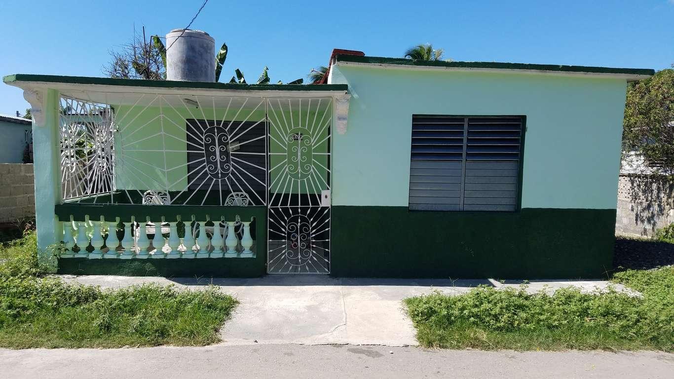 HEC744: Casa de 3 cuartos y 1 baño por $ 20.000 en Cienfuegos, Cienfuegos