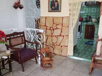 Casa en venta en Cienfuegos con  2 cuartos y 2 baños por $40,000