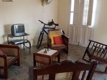 Casa en venta en Cienfuegos con  3 cuartos y 1 baño por $40,000