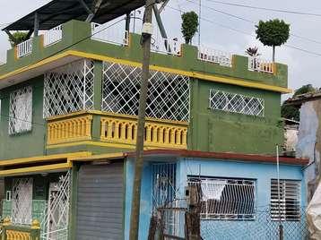 Casa en venta en Cienfuegos con  3 cuartos y 2 baños por 55.000,00$
