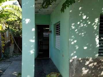 Casa en venta en Cienfuegos con  2 cuartos y 1 baño por $8,000