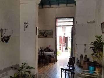 Casa en venta en Cienfuegos con  5 cuartos y 3 baños por 65.000,00$