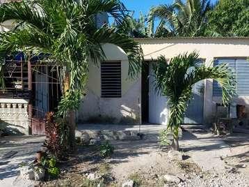 Casa en venta en Cienfuegos con  1 cuarto y 1 baño por 3.500,00$