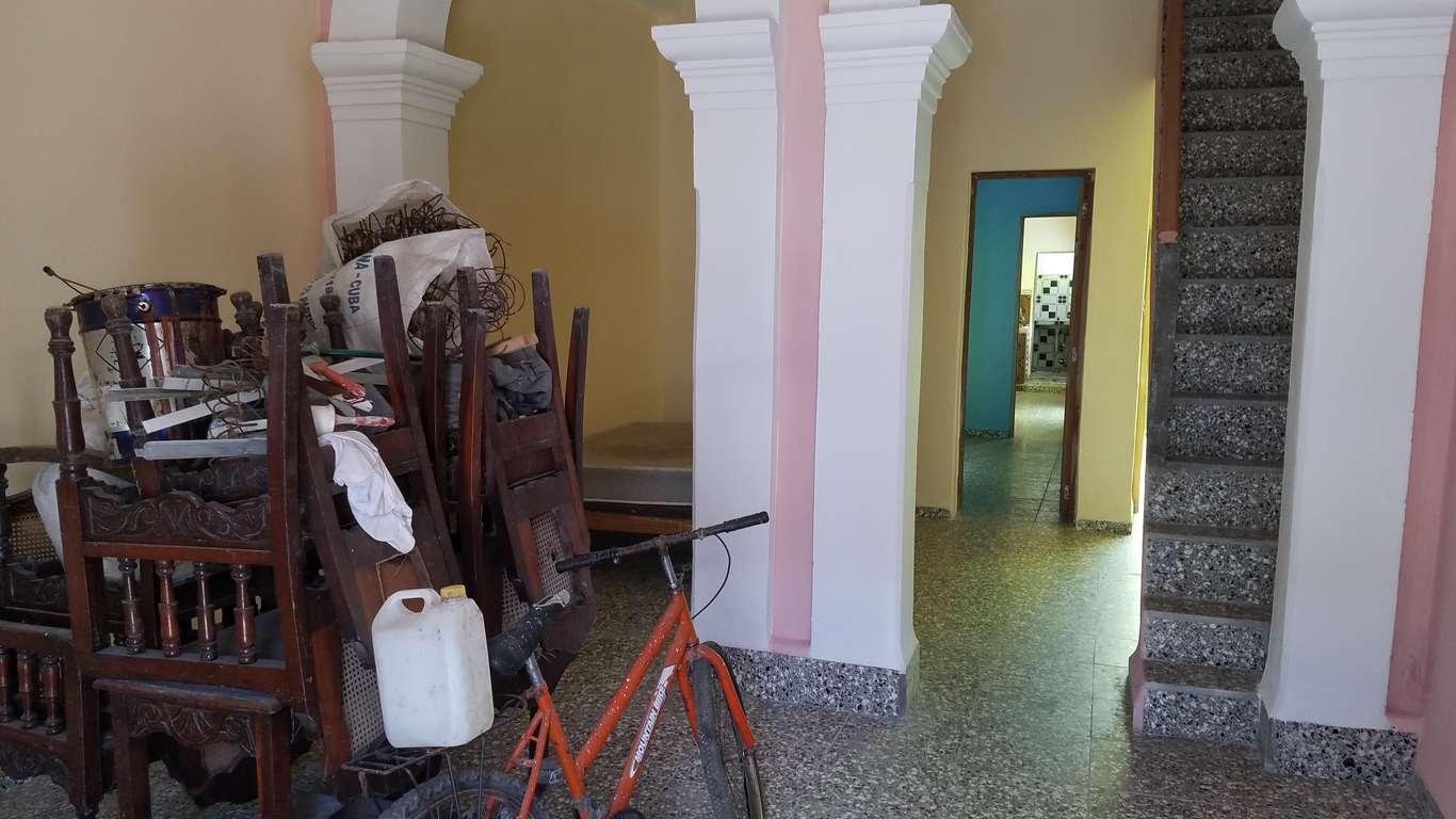 Casa en venta en Cienfuegos con  3 cuartos y 3 baños por $ 65.000