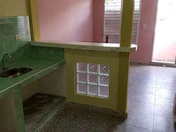 Casa en venta en Cienfuegos con  1 cuarto y 1 baño por 11.000,00$