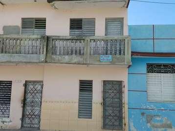 Casa en venta en Cienfuegos con  2 cuartos y 2 baños por 15.000,00$