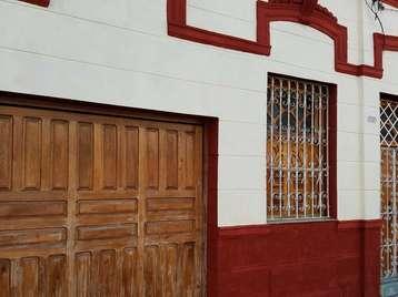 Casa en venta en Cienfuegos con  3 cuartos y 3 baños por 100.000,00$