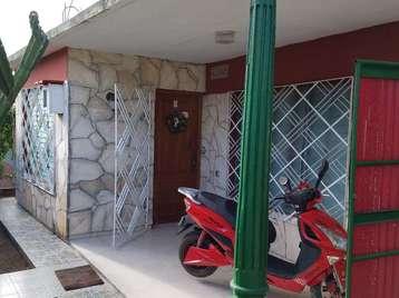 Casa en venta en Cienfuegos con  4 cuartos y 4 baños por 50.000,00$