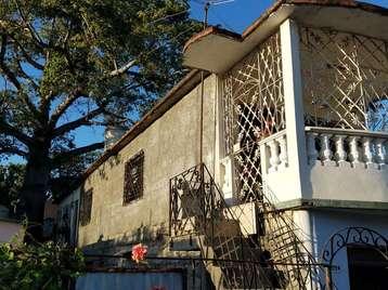 Casa en venta en Cienfuegos con  2 cuartos y 2 baños por $7,500