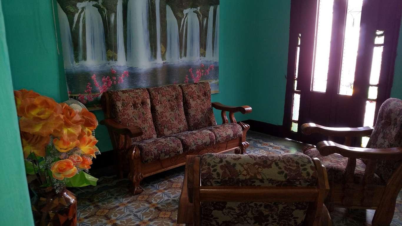 Casa en venta en Cienfuegos con  3 cuartos y 3 baños por $ 60.000