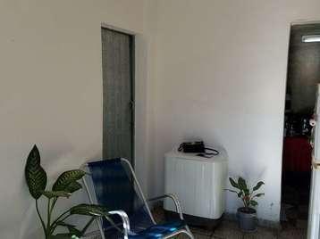Casa en venta en Cienfuegos con  1 cuarto y 1 baño por 8.500,00$