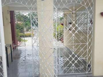 Casa en venta en Cienfuegos con  3 cuartos y 1 baño por $150,000