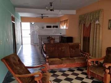 Casa en venta en Cienfuegos con  3 cuartos y 2 baños por $90,000