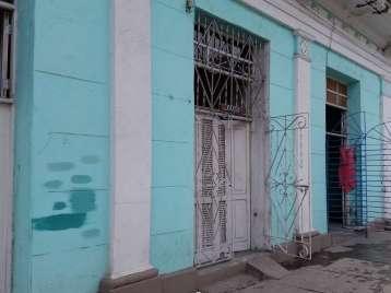 Casa en venta en Cienfuegos con  2 cuartos y 1 baño por $16,000