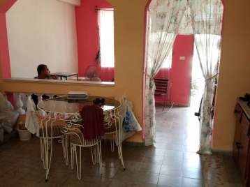 Casa en venta en Cienfuegos con  2 cuartos y 2 baños por $20,000