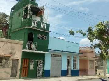 Casa en venta en Cienfuegos con  4 cuartos y 4 baños por 40.000,00$