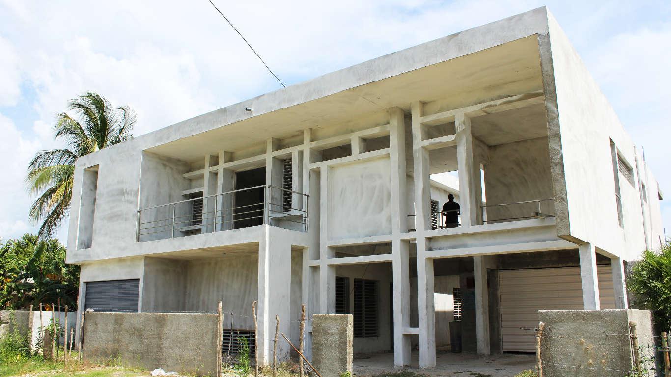 HEC841: Casa de 6 cuartos y 6 baños por $ 170.000 en Cienfuegos, Cienfuegos