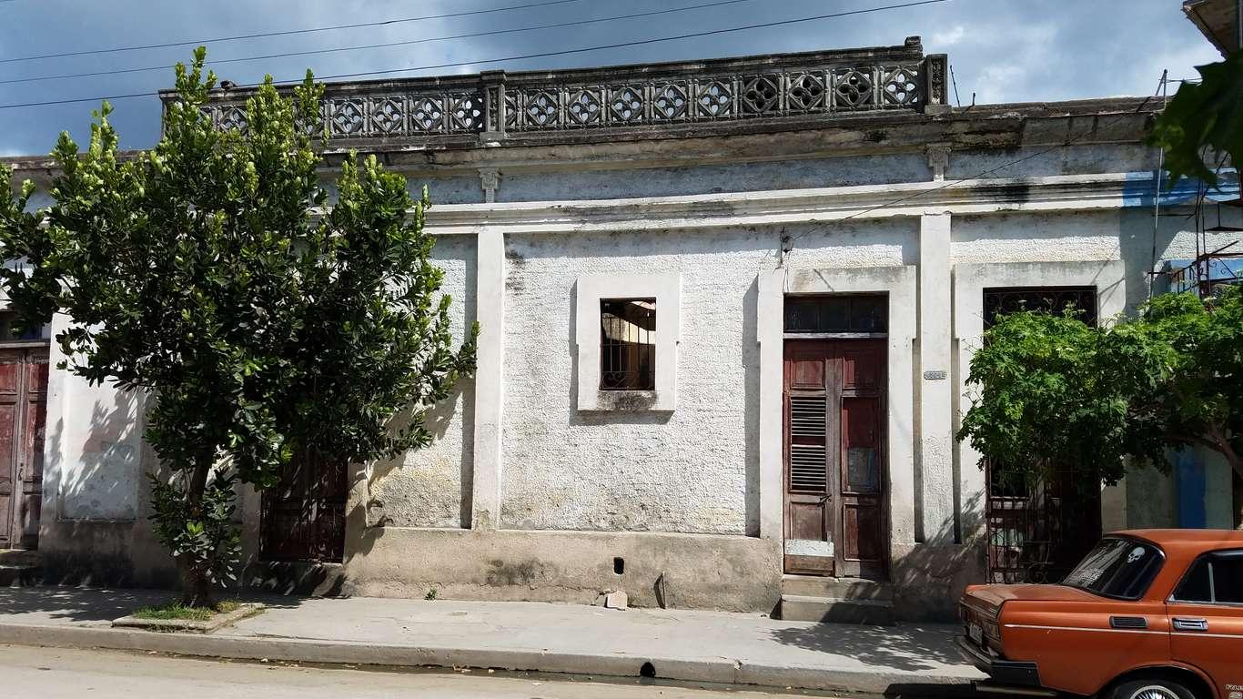 HEC845: Casa de 2 cuartos y 1 baño por $ 20.000 en Cienfuegos, Cienfuegos