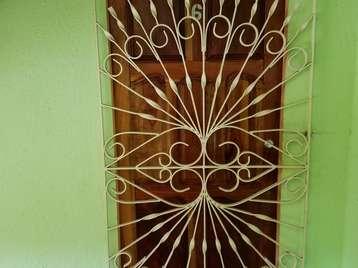 Apartamento en venta en Cienfuegos con  3 cuartos y 1 baño por $9,000