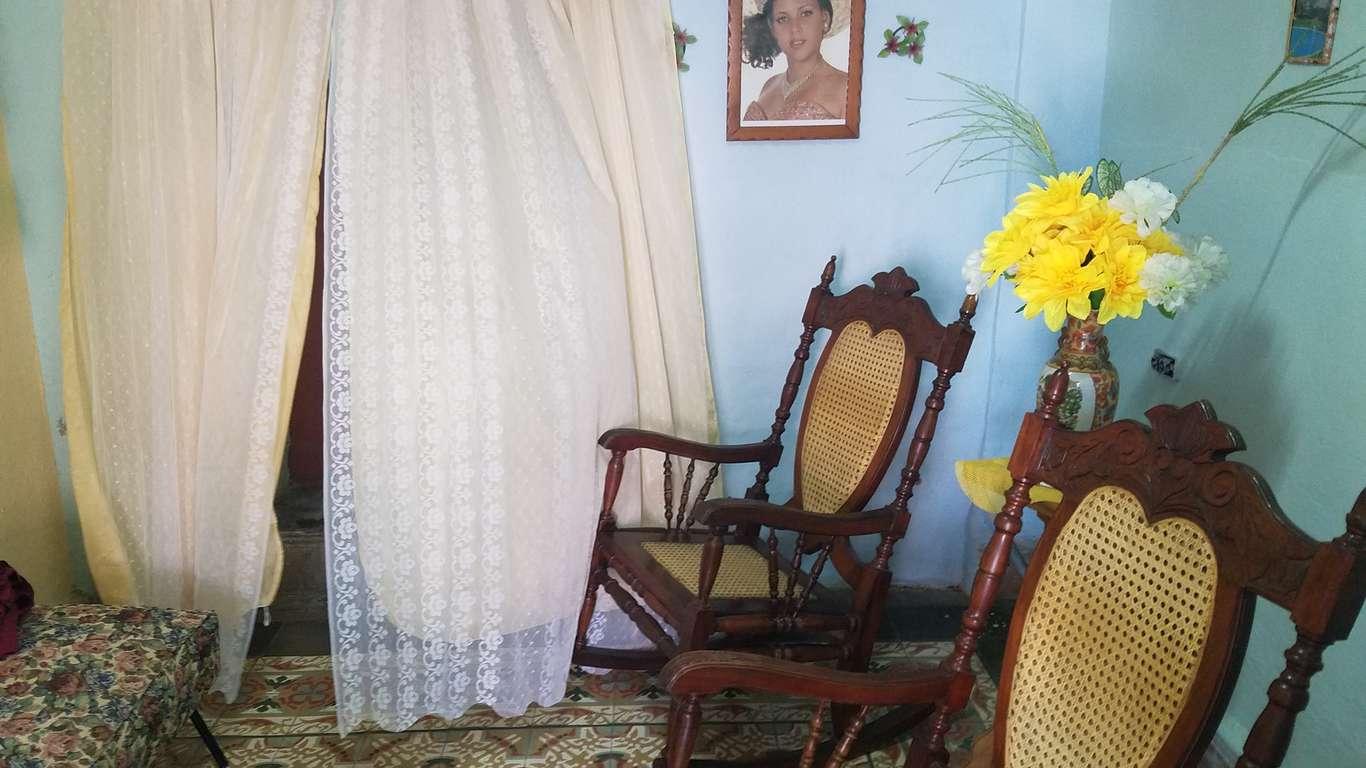 HEC852: Casa de 3 cuartos y 1 baño por $ 25.000 en Cienfuegos, Cienfuegos