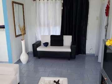 Apartamento en venta en Cienfuegos con  3 cuartos y 1 baño por 30.000,00$