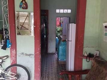 Casa en venta en Cienfuegos con  2 cuartos y 1 baño por 12.000,00$