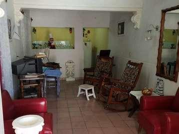 Casa en venta en Cienfuegos con  3 cuartos y 3 baños por 16.000,00$