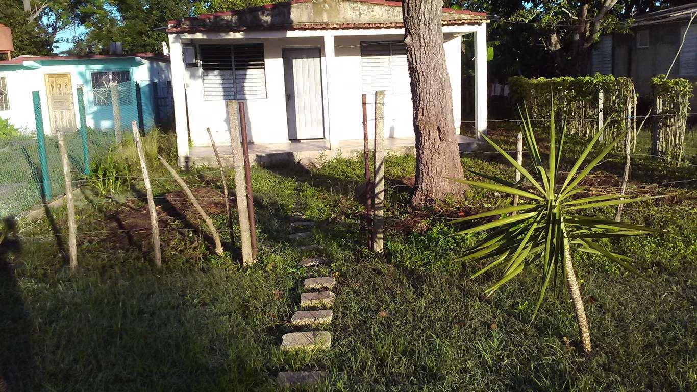 HEC892: Casa de 2 cuartos y 1 baño por $ 4.000 en Cienfuegos, Cienfuegos