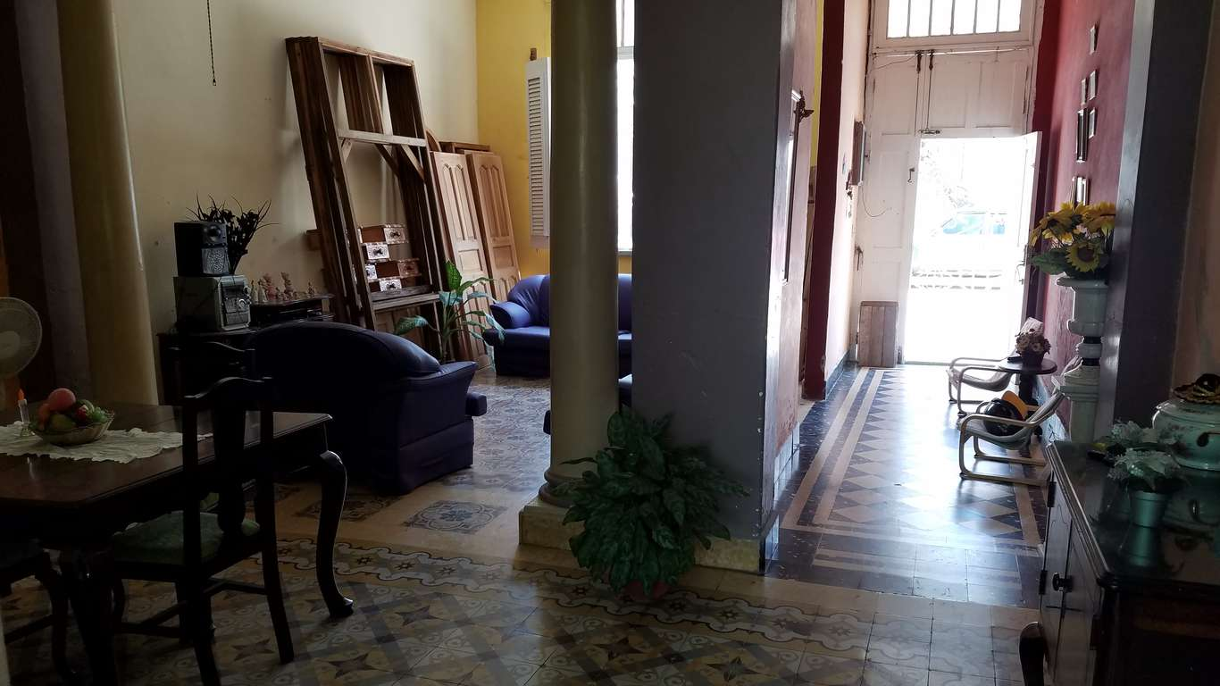 HEC919: Casa de 4 cuartos y 3 baños por $ 130.000 en Cienfuegos, Cienfuegos