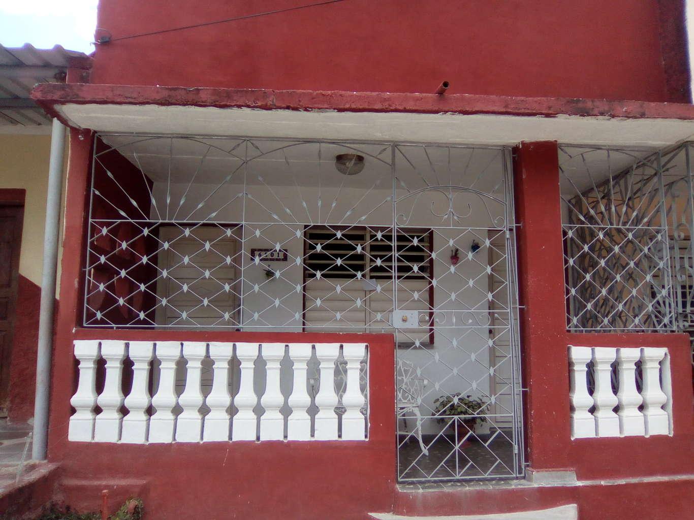 HEC929: Casa de 3 cuartos y 2 baños por $ 36.000 en Cienfuegos, Cienfuegos