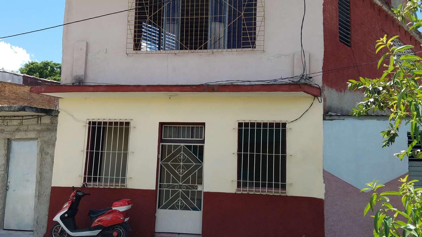HEC933: Casa de 4 cuartos y 2 baños por $ 32.000 en Cienfuegos, Cienfuegos