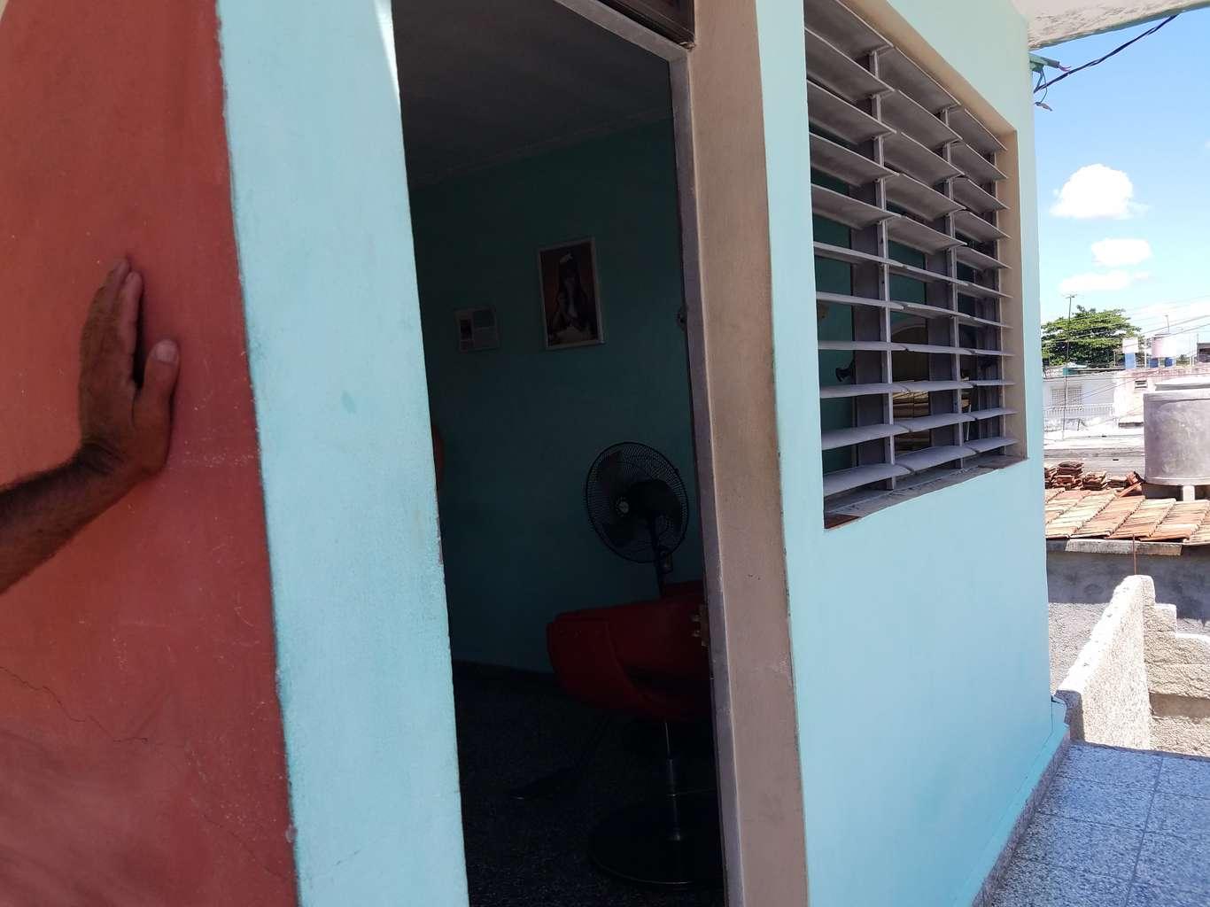 Casa de  2 cuartos y 1 baño por $ 15.000 en Cienfuegos, Cienfuegos
