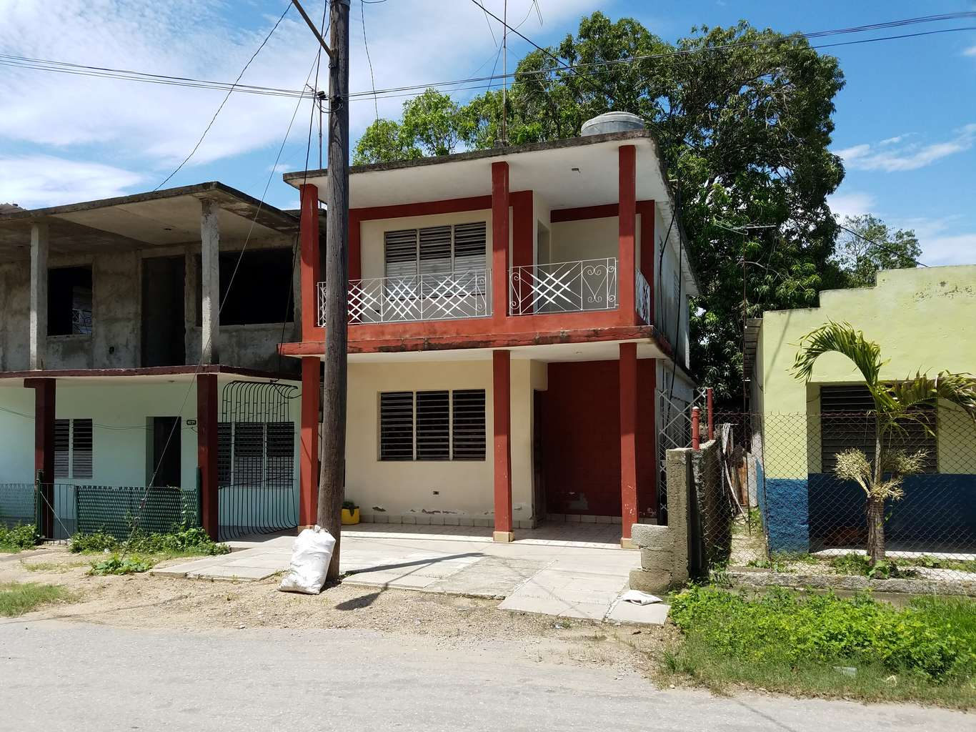 HEC956: Casa de 4 cuartos y 2 baños por $ 30.000 en Cienfuegos, Cienfuegos