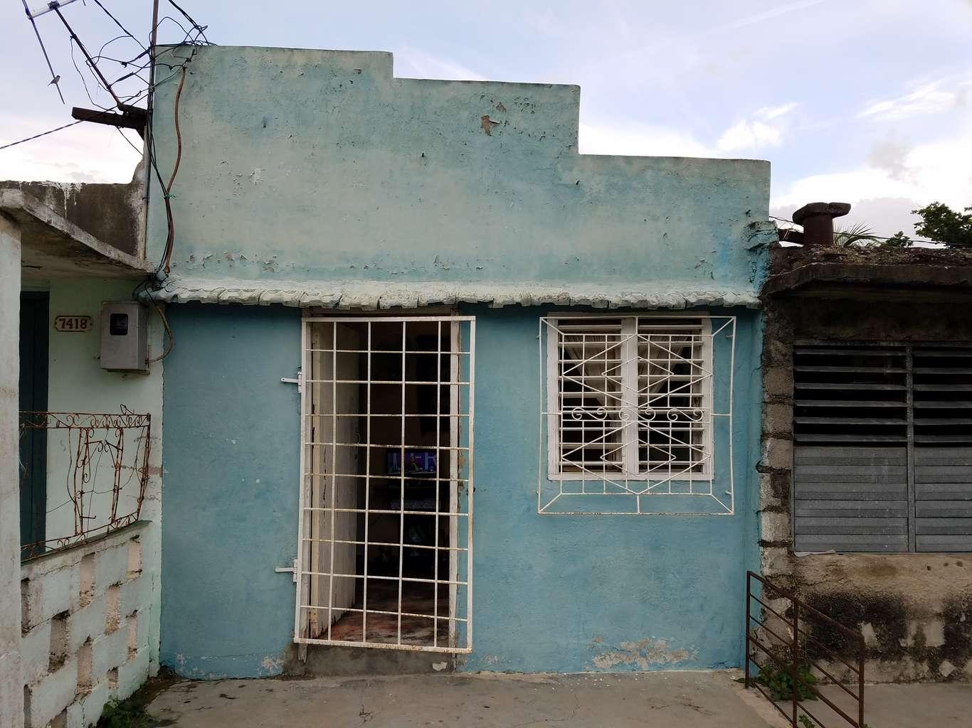 HEC958: Casa de 1 cuarto y 1 baño por $ 5.500 en Cienfuegos, Cienfuegos