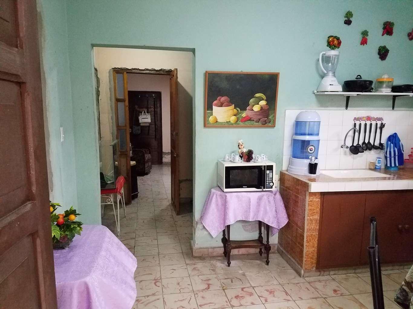 HEC967: Casa de 1 cuarto, 1 baño y 1 garaje por $ 25.000 en Cienfuegos, Cienfuegos