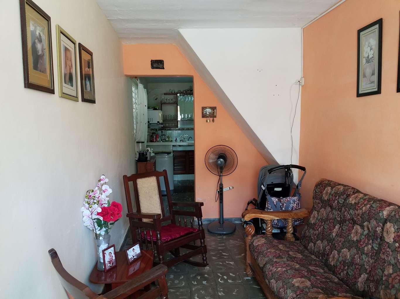 HEC986: Casa de 2 cuartos y 1 baño por $ 25.000 en Cienfuegos, Cienfuegos