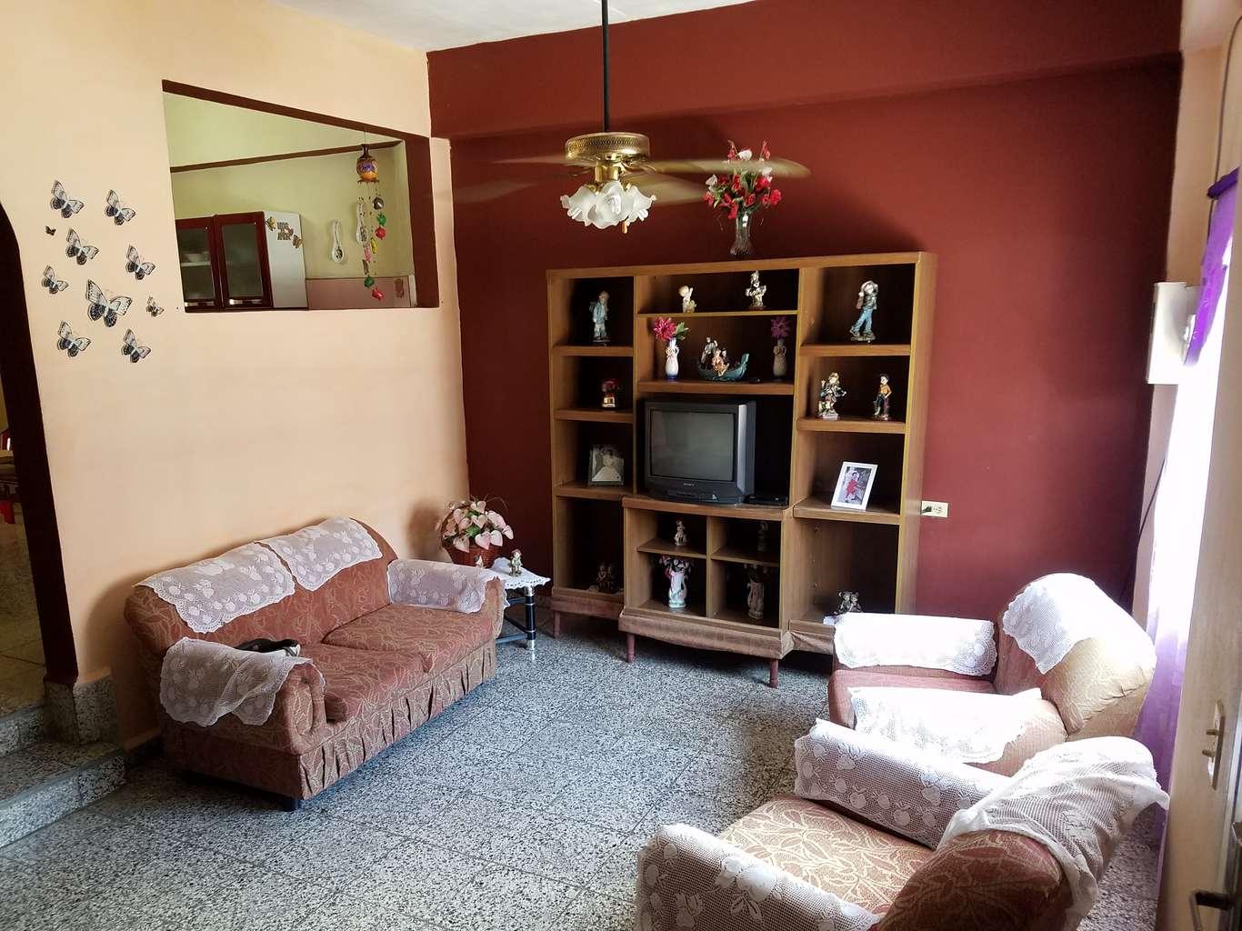 HEC998: Casa de 5 cuartos y 4 baños por $ 80.000 en Cienfuegos, Cienfuegos